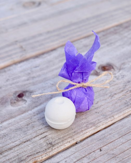 lavender bath bomb single